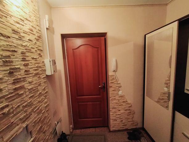 3 кімнатна квартира у центрі міста , ремонт . Усі зручності . Садова.