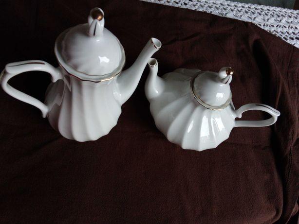 Jarro de chá e chaleira