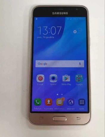 Smartfon Samsung Galaxy J3 (2016) zloty