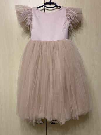 Платье праздничное нарядное 5 л