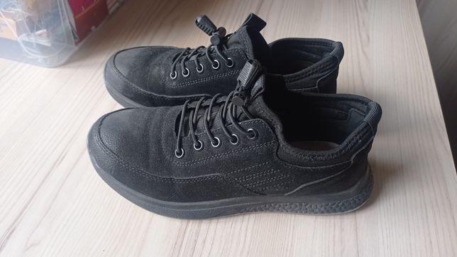 Туфли, макасины, кросовки