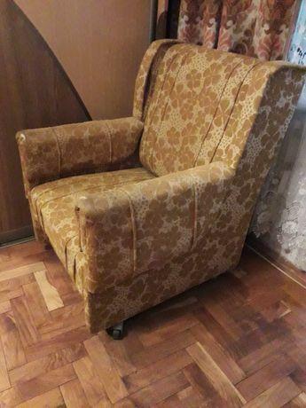 М'які крісла, не розкладні б/к