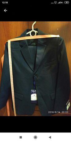 Шкільна форма, костюм 140-145 см