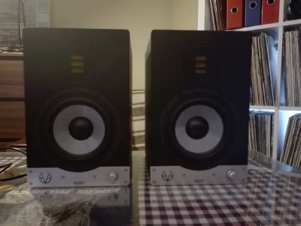 Monitory studyjne : Eve Audio SC207 + GRATIS 2x kable ProCab