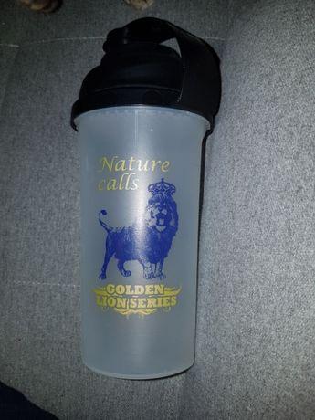Shaker do odżywek 700 ml