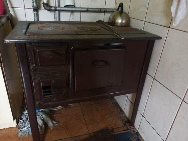 Piec kuchenny węglowy z podkową