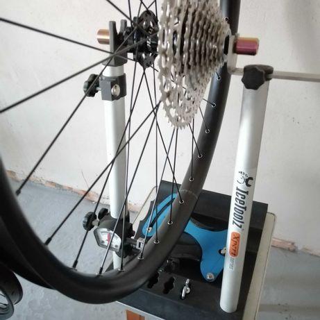 Сборка и правка велосипедных колес с тензометром