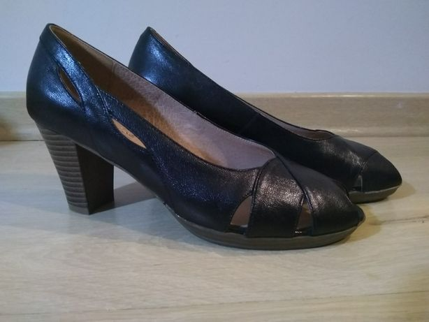 Buty na obcasie czarne skórzane