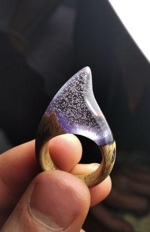 Кольцо з епоксидної смоли