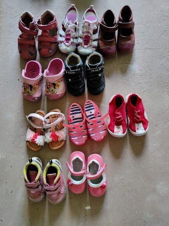 Босоножки, сандалии, кроссовки Ecco, Geox, Zara, Clarks 21-24