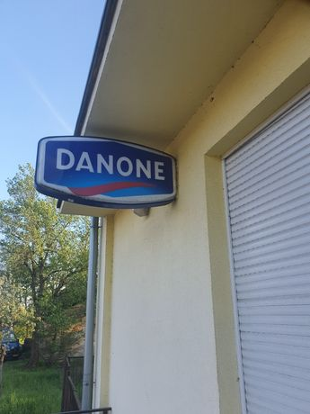 Kaseton reklamowy DANONE 2sztuki do sklepu prod. WZOREK