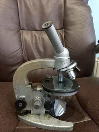 Микроскоп биологический Ломо МБР-1