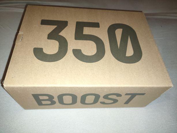 YEEZY boost 350 V2 yecheil