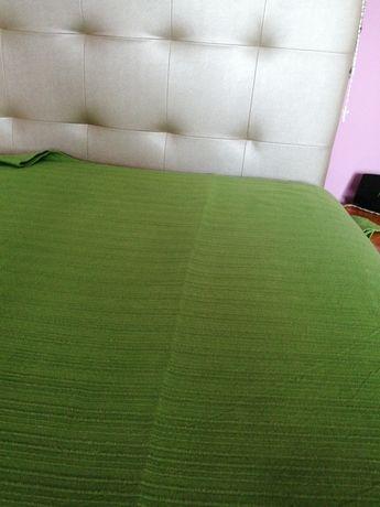Colcha verde