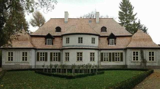 Gont drewniany modrzewiowy,Gonty drewniane łupane dachowe,Dranica dach