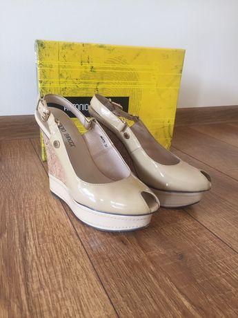 Туфлі,босоніжки Antonio Biaggi,шкіра