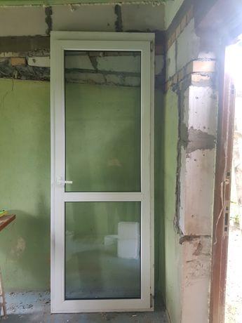 Drzwi plastikowe wewnętrzne