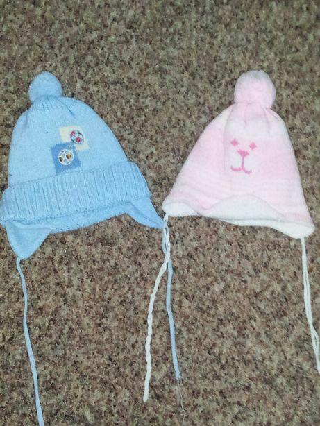 Зимние шапки в хорошем состоянии и кепки