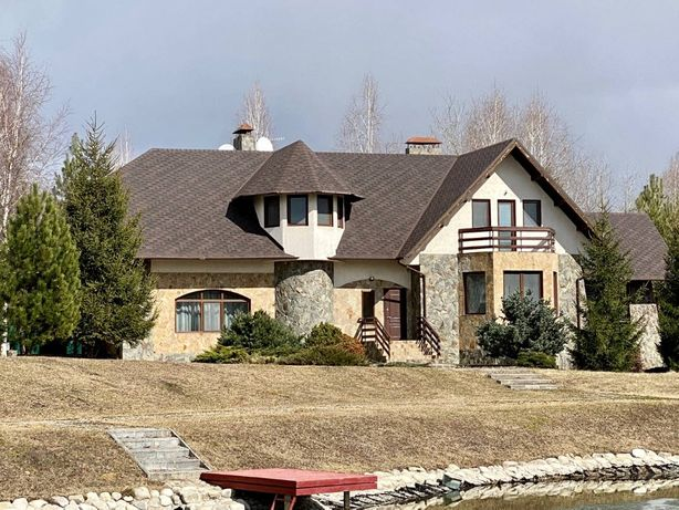 Продам дом с собственным озером на 200 сотках земли