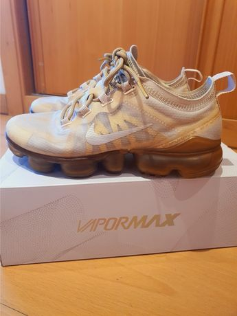 Nike tenis Vapormax tamanho 36,5  us 6