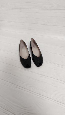 Балетки з відкритим квадратним носком з натуральної шкіри