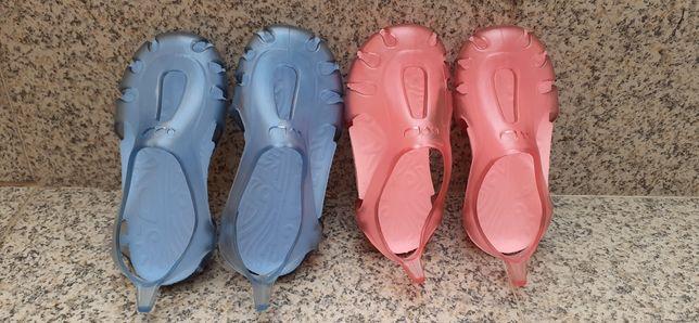 Sapatos piscinas 24 e 25