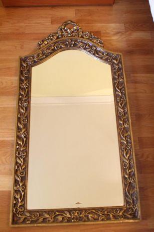 Espelho Estilo Luís XV moldura em Madeira e Gesso Entalhado e Dourado