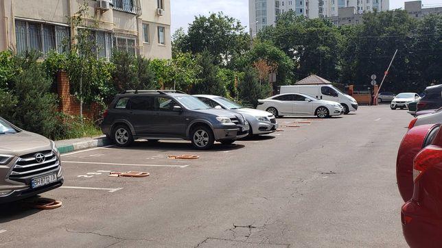Сдам парковку на стоянке ЖК Академгородок ул.Говорова/Зоопарковая