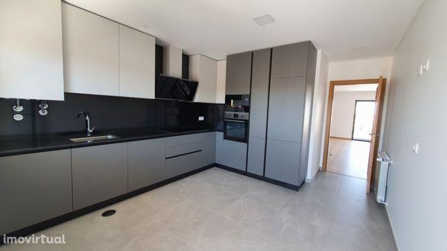 T3 Duplex Pronto Habitar - Condeixa