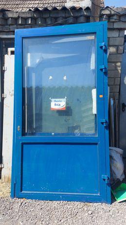 Двери алюминиевые,  металлические, межкомнатные