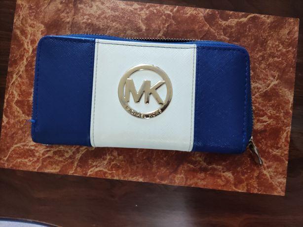Carteira de senhora MK