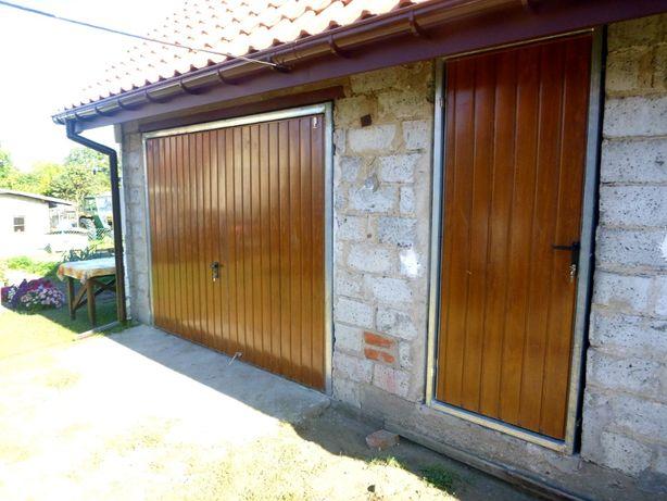 Brama garażowa Brama do muru Bramy Uchylne Bramy do muru PRODUCENT