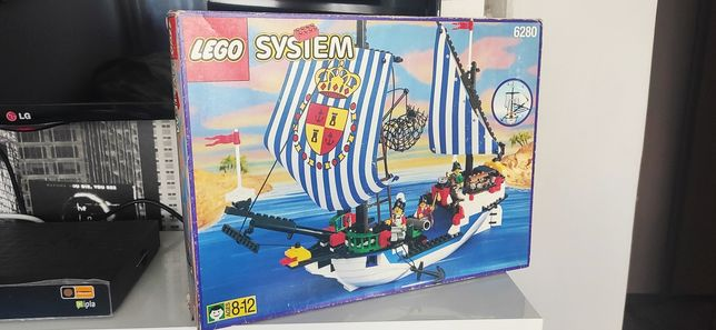 Lego 6280 pirates Armada Flagship