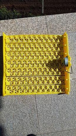Tabuleiro 154 ovos