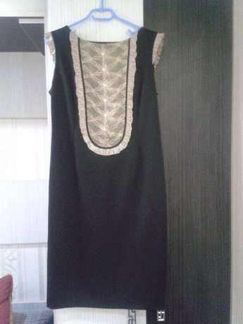 платье футляр продам