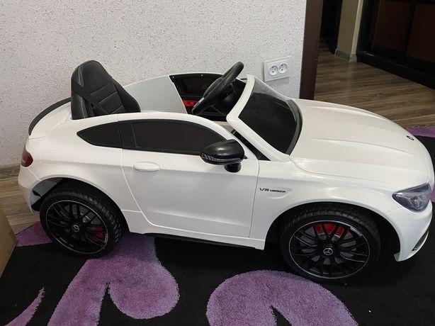 Дитячий електоромобіль Mercedes