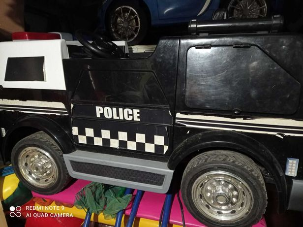 """Детский электромобиль """"Полиция"""" Бывший в употреблении."""