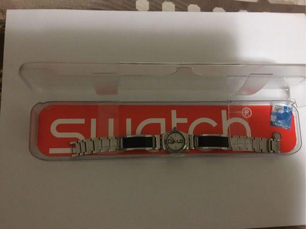 Часы наручные женские SWATCH Irony, кварц, с браслетом (Швейцария)