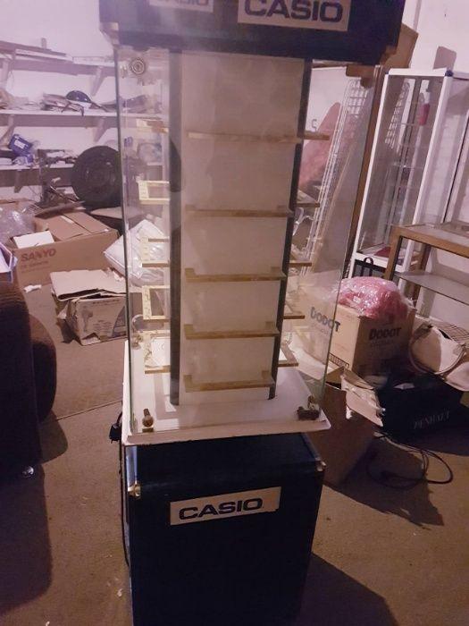 Expositor de Relogios ou outros produtos electrico Guarda - imagem 1