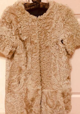 Шуба-пальто из натурального козлика ZARA