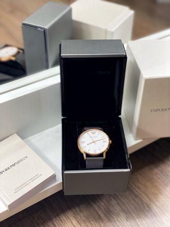 Новые оригинальные часы EMPORIO ARMANI