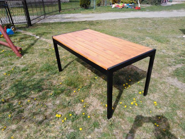 Stół ogrodowy nowoczesny