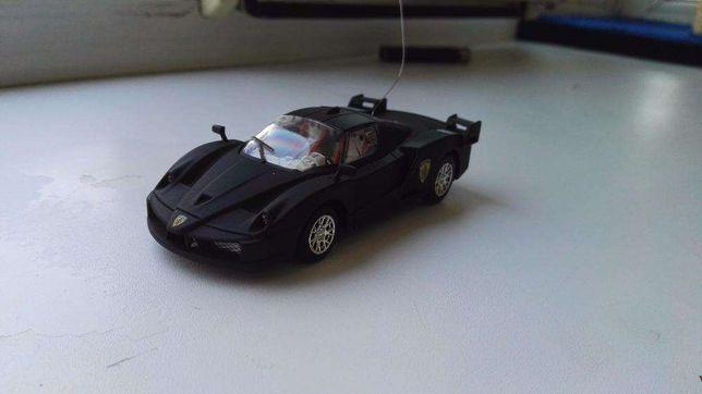 Машинка Коллекционная Ferrari на радиоуправлении