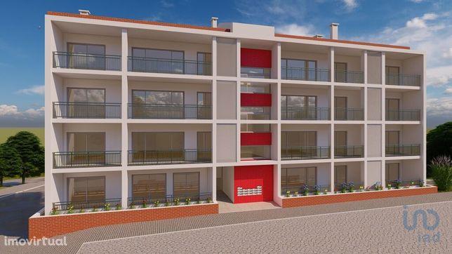 Apartamento - 102 m² - T2