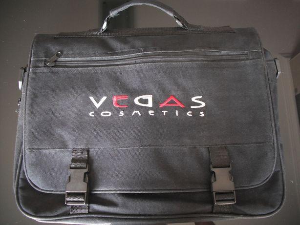 Vendo mala de mão da marca Vegas