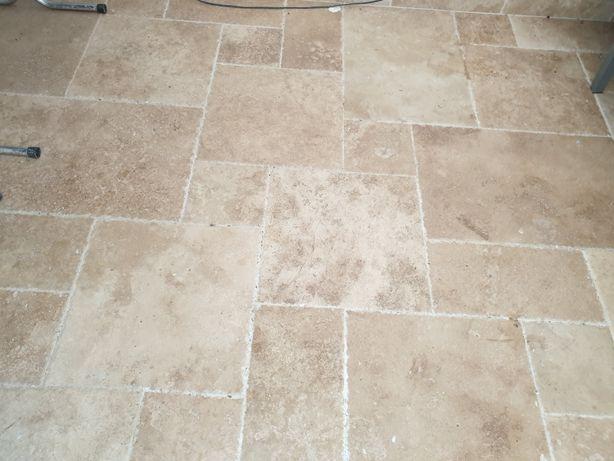 Pedra creme para piso - travertino