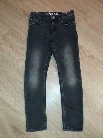 Spodnie jeansowe dla chłopca rozmiar 128
