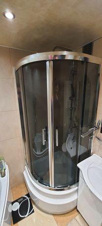 Kabina prysznicowa, drzwi kabiny prysznicowej.