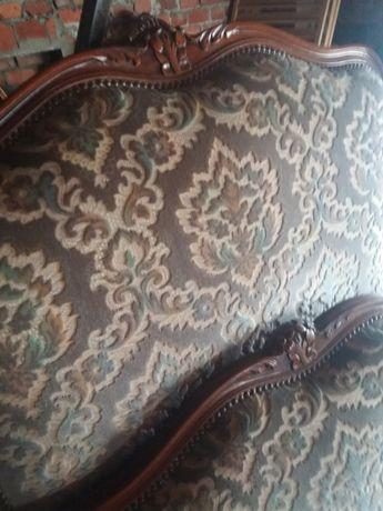 Łóżko włoskie oryginalne tapicerowane rzeźbione jak nowe