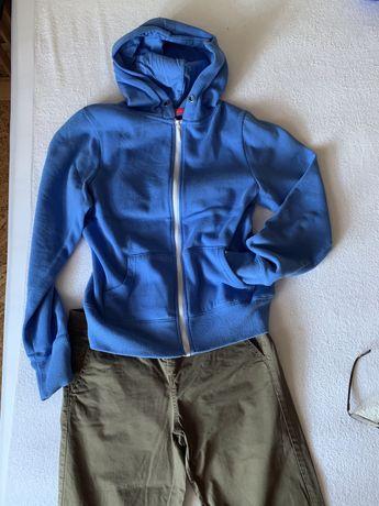 Markowy zestaw spodnie + dwie bluzy